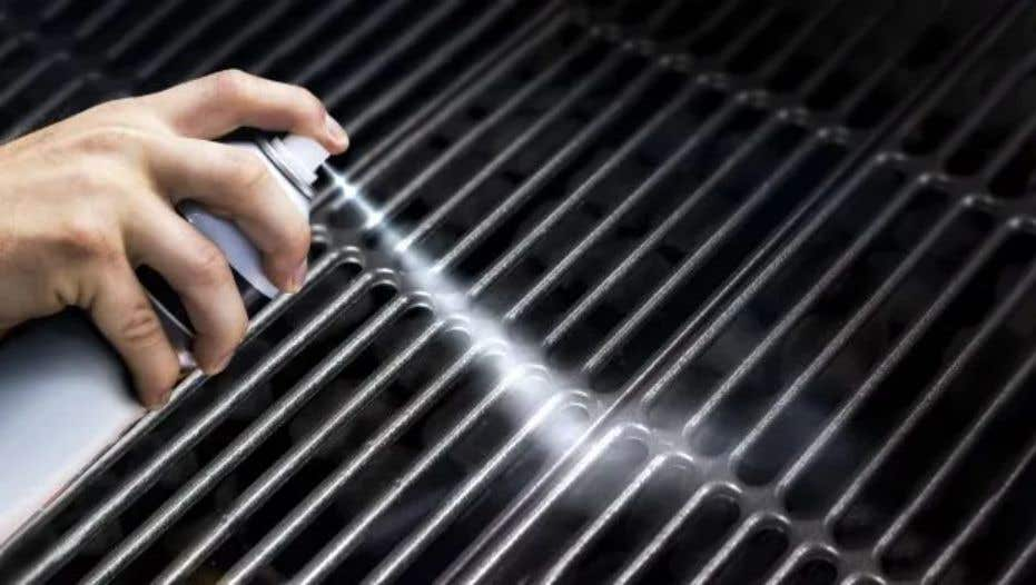 How to Oil a Grill Grate